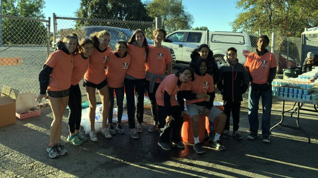 2018 Rio Cross Country Volunteer Aid Station - Urban Cow 1/2 Marathon